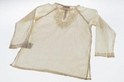 hvid bluse pige