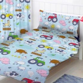sengetøj med traktor til børn